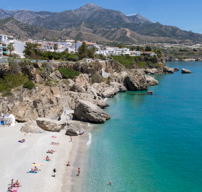 Costa Blanca or Costa del Sol – where should I buy?