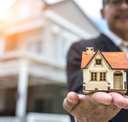 Why you should choose an Agent, NOT a property, when planning a purchase abroad