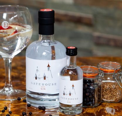From Grass to Glass - CLC Duchally Country Estate launches new Gatehouse Gin